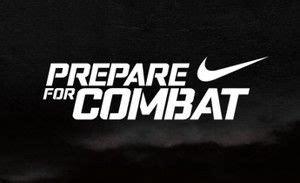 Papá mundo interior  Nike pro combat Logos