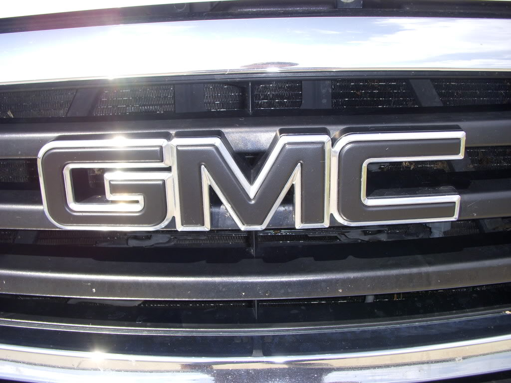 How To Blackout Chevy Logos